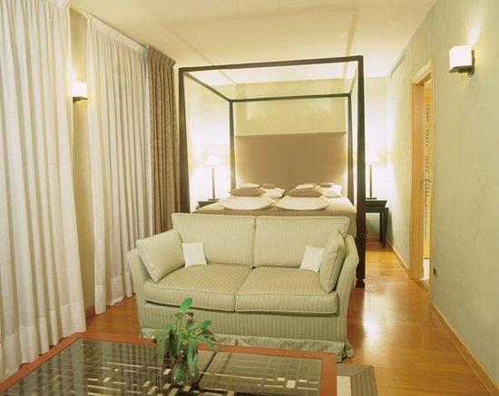 Neotelia Pavillon Riviera: Chambre Suite Luxe 3 Pièces