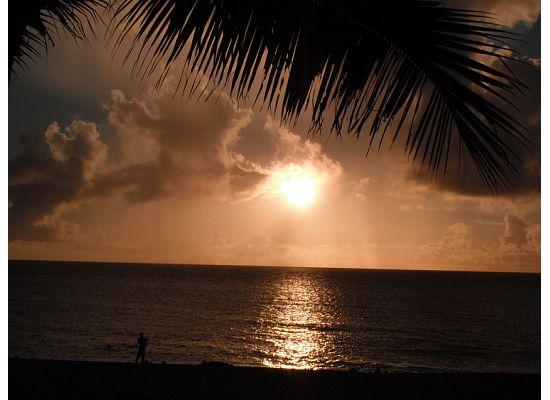 Sunset Beach Park: Sun setting