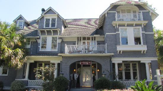 Riverdale Inn: Riverdale