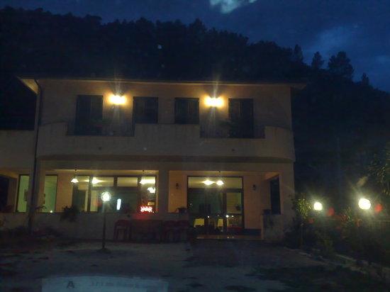 Albergo/Hotel Umbria Valnerina.Strada statale Valnerina per  Norcia e Cascia