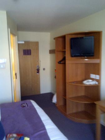 Premier Inn Reading Central Hotel: bedroom