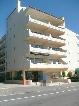 Parque Mourabel Apartments : Front of hotel