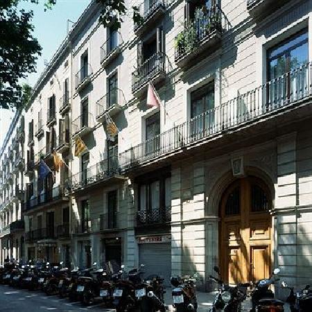 Great hotel picture of hotel arc la rambla barcelona for Las ramblas hotel barcelona