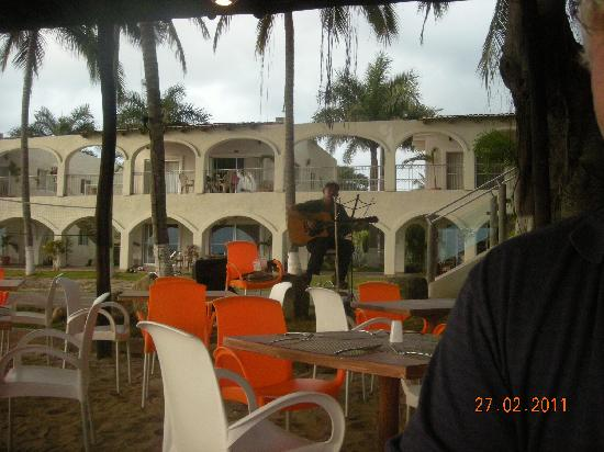 Los Picos Hotel & Suites: view from outdoor restaurant
