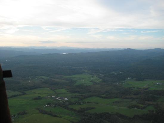 Guru Balloon - New York: Gorgeous view of Lake George!