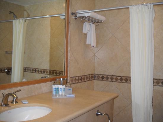 Tesoro Los Cabos: Bathroom
