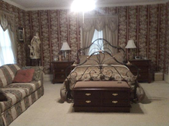 Commodore Bed & Breakfast : Master Suite Bedroom