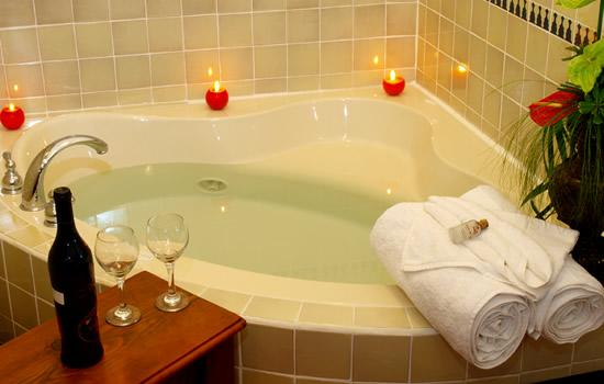 Hotel Meson del Valle: Jacuzzi tubs