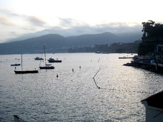 Hotel Admiral Sorrento: view from hotel room in the early morning