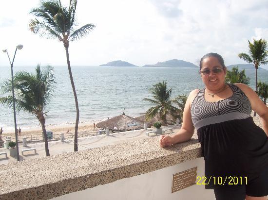 Hotel De Cima: EN EL BALCON DE LA HABITACION
