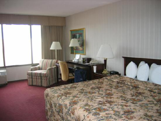 Days Inn & Suites Elyria: October 2011