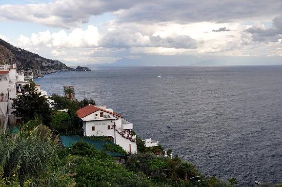 Limonaia picture of costa diva restaurant praiano for Costa diva