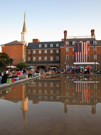 Alexandria, VA: Town Square market - Saturday morning