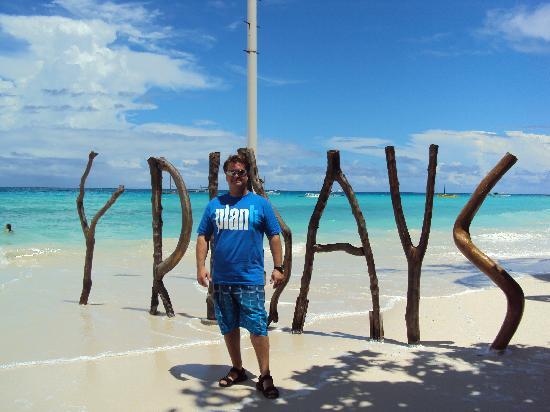 Fridays Boracay Resort : June, 2011