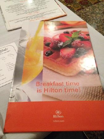 Hilton Arlington: Breakfast at Dan and Brad's