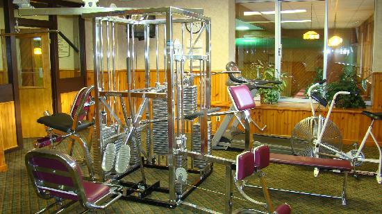 Best Western Adirondack Inn: Fitness Room