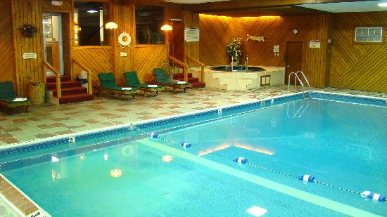Best Western Adirondack Inn: Pool