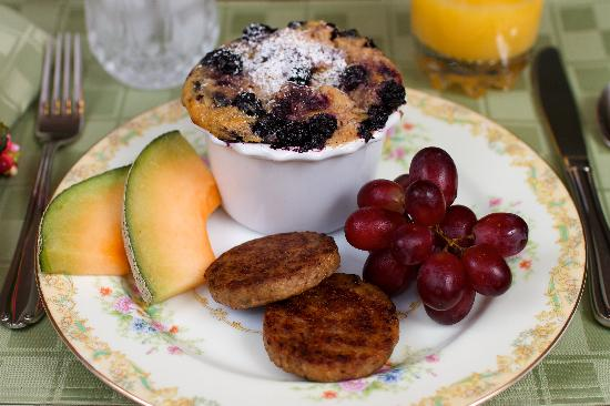 5 Corners Bed & Breakfast: 5 Corners Blueberry French Toast as featured on Cleveland television and Lake Erie Living Magazi