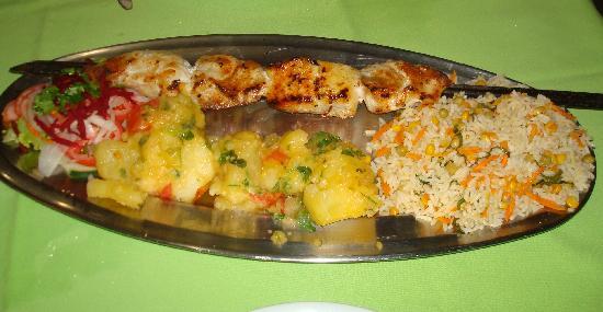 Olho da Lula: A wonderful plate of Brabeque Fish!
