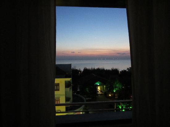 A74 Hotel: seaview room view during sunset