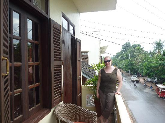 The Apsara: Balcony, Room 7,standard upstairs room