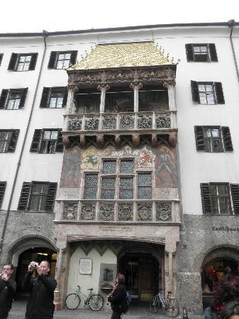 Hotel Grauer Bar : Golden Roof