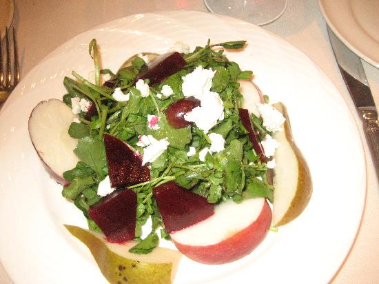 The Inn at Ca' Mea: Arugula and Pear Salad. mangia
