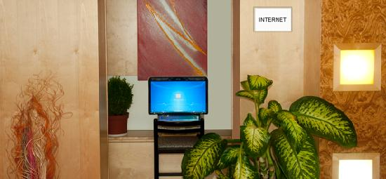 Hotel Reither: Internet access four our guests at the lobby