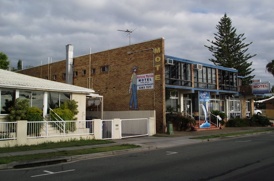 Waltzing Matilda Motel : From the road