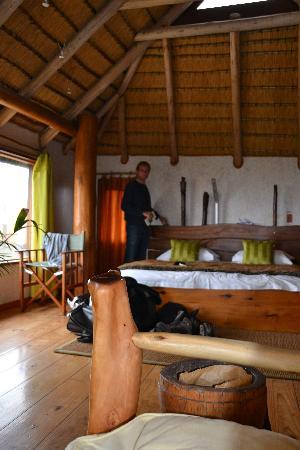 The Stiltz: chambre et lit