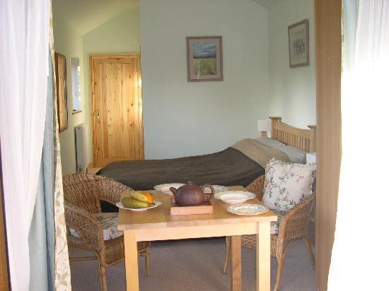 Kenilworth House: Orchard Room interior