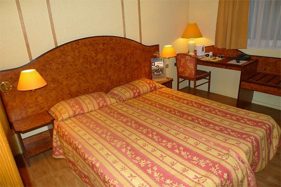 Cottage Hôtel: Bedroom