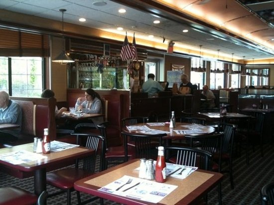 Croton Colonial Diner: Early Saturday morning