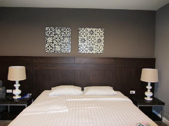 โรงแรมซีมีสปริง: Big Comfortable Bed