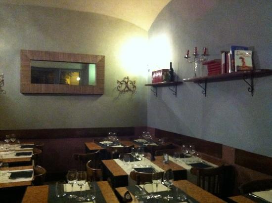 Osteria delle Commari: Una sala del locale