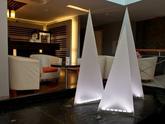 Islande Hotel: lobby bar