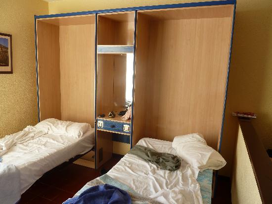 Paraiso del Sol Apartments : nos lits de camp