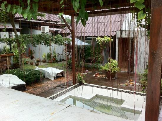 Phuket Siam Hostel: The spa and sauna