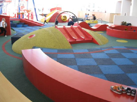 Kid Safe Floor Activities Picture Of The Commons Columbus
