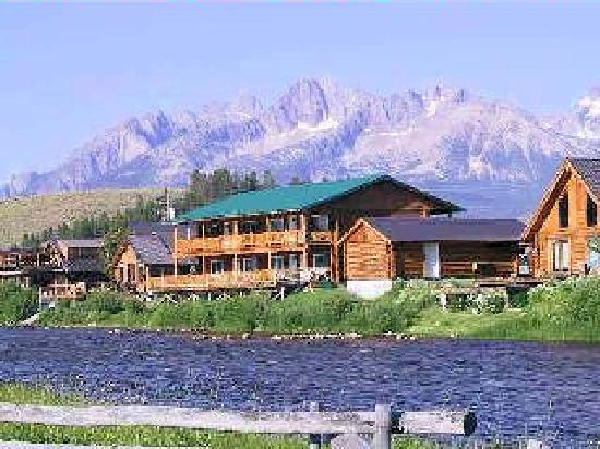 Redfish Riverside Inn View Of Motel
