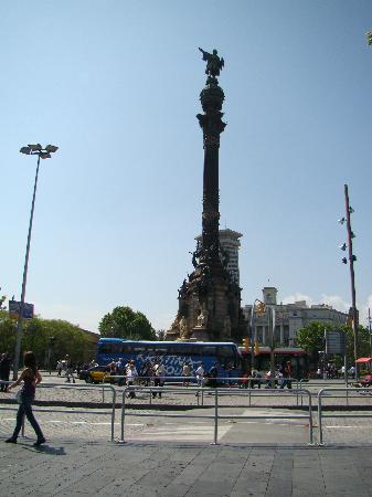 Barcelona, Spain: colonne christophe colom