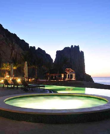 Grand Solmar Land's End Resort & Spa : Land End's Jacuzzi
