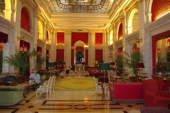 Hotel Avenida Palace: le grand salon de l'hotel