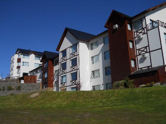 Xelena Hotel & Suites: Exterior