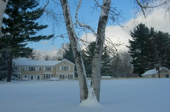 Devonfield Inn: Winter wonderland