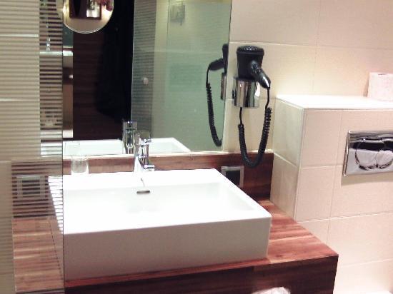 Hotel Vienna: Designer Waschbecken