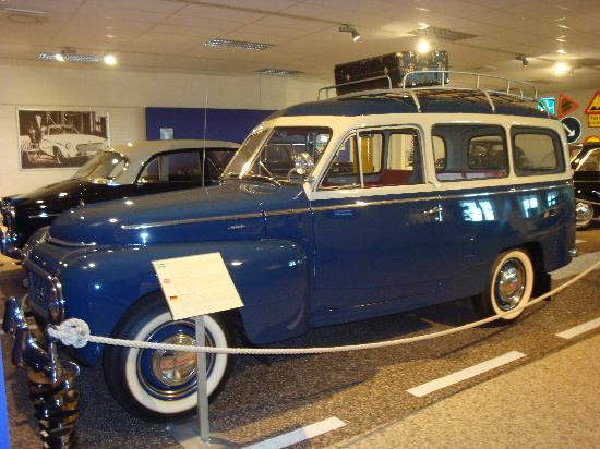 Volvo Museum: Old Car