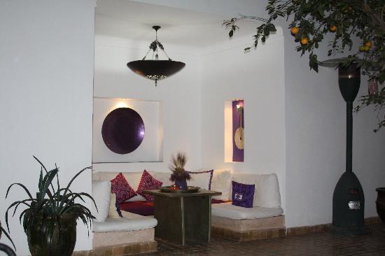 Dar Charkia : Central courtyard