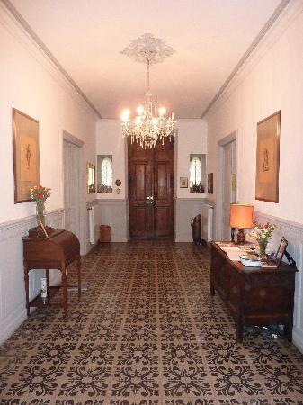 Les Marguerites : Hallway