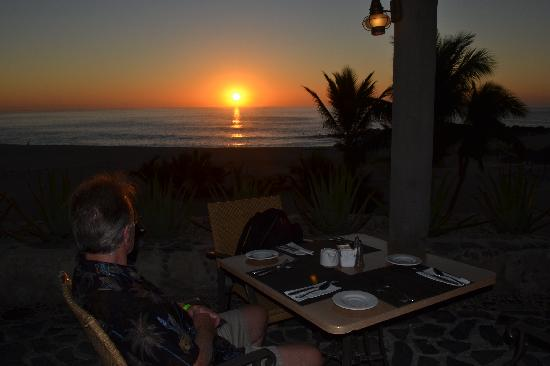 Paradisus Los Cabos: Breakfast at sunrise